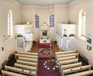 192 Wnętrze kościoła ewangelickiego kopia