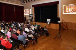 Uczestnicy LX Spotkania Muzealnego w MDK w Oleśnie